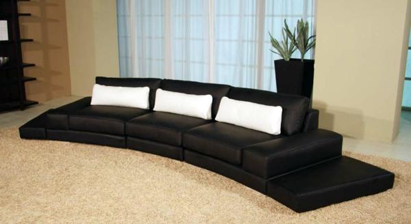 mobilier-de-design-contemporain-un-divan-bas-comme-un-arc