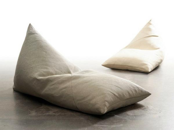 mon-pouf-gris-confortable