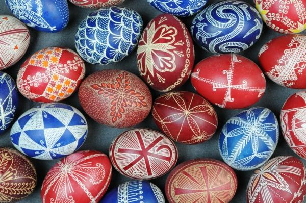 oeufs-decore-idee-decoration-bulgares