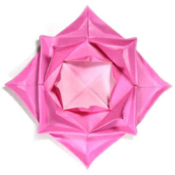 origami-facile-fleur-un-jeu-amusant-lotus-fractal