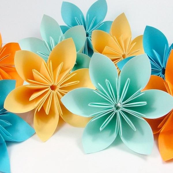 Un origami facile fleur offrir ou pour vous amuser tout en cr ant de belles choses - Comment faire une fleur en origami ...
