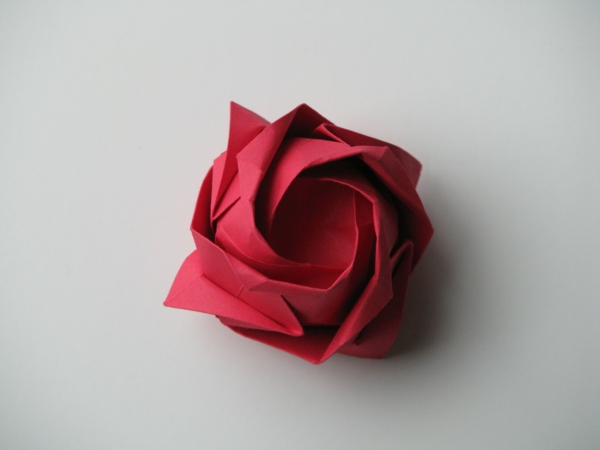 tutoriel fleur origami rose. Black Bedroom Furniture Sets. Home Design Ideas