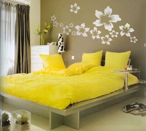 Cuisine Rouge Avec Mur Gris : papiers peints originaux chambre a coucher avec accessoires jaunes