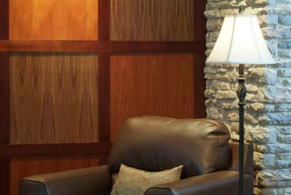 parements-muraux-décoration-murale-en-bois-et-pierre