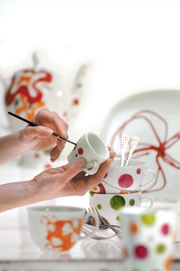 peinture-sur-ceramique-amusante-vaisselle
