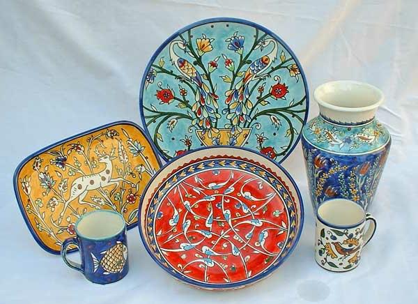 peinture-sur-ceramique-creative-amusante-vaisselle-multiforme