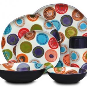 La peinture sur céramique va personaliser votre vaisselle de manière surprenante