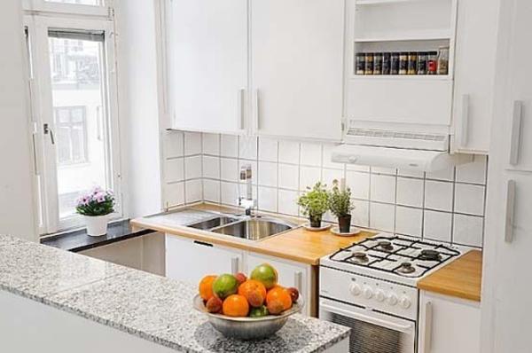 petite-cuisine-design-idee-bar-passe