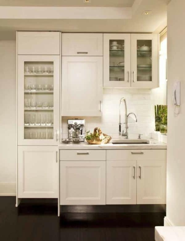 petite-cuisine-design-idee-blanc-jolie