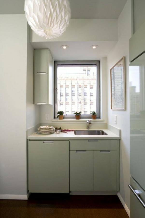 petite-cuisine-design-idee-blanc-lampe