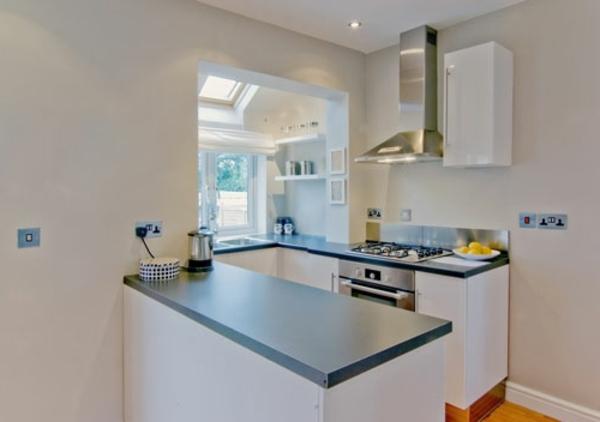 petite-cuisine-design-idee-table