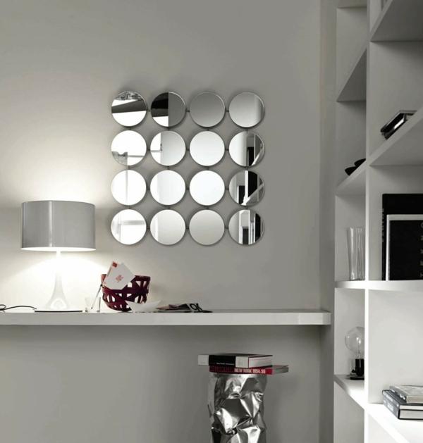 Mod les de miroirs ronds pour la salle de bain for Petits miroirs ronds