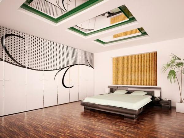 plafond-avec-miroir-dans-une-chambre-à-coucher