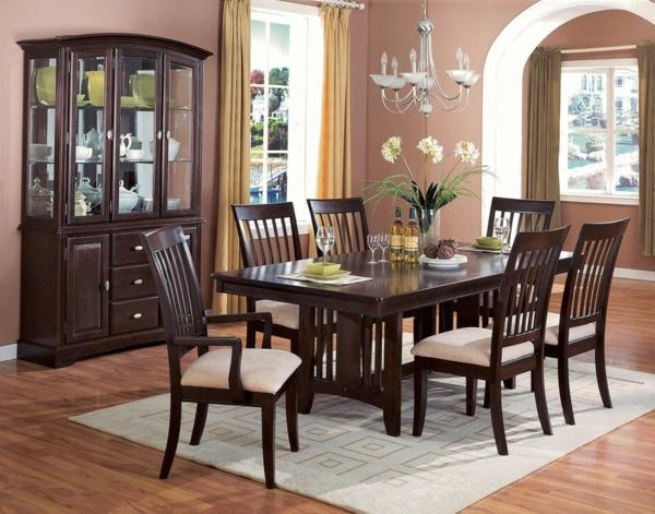 salle-a-manger-moderne-chaises-tapis