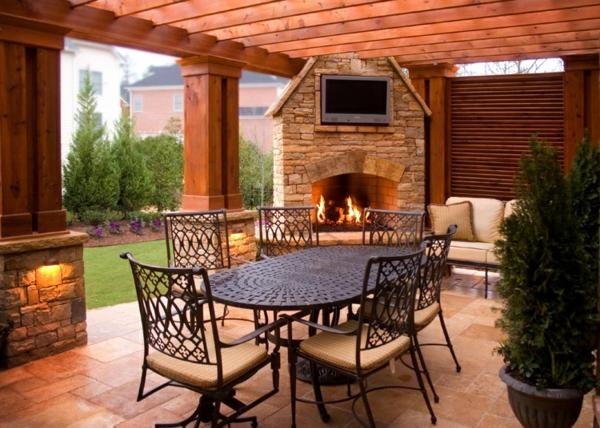 Salon De Jardin Bois Et Fer Forge ~ salon de jardin contemporain table et chaises en fer forge et cheminee