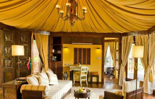 salon-marocain-moderne-inspiration-jaune