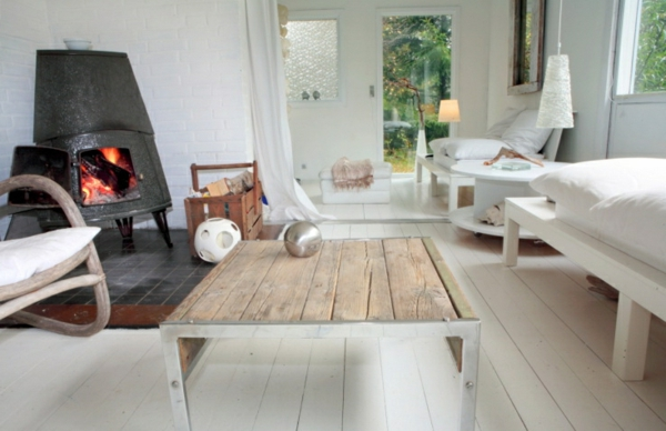 meuble-design-scandinave-une-salle-avec-un-poele