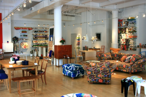 meuble-design-scandinave-plusieurs-meubles-colorés