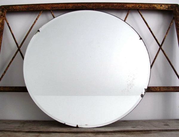 Design miroir mural rond design bois flotte rennes 17 for Miroir ikea rond