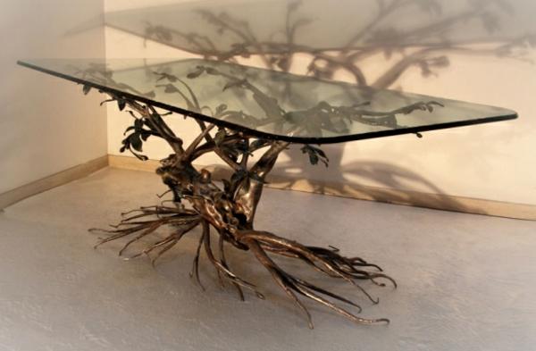 table-basse-en-fer-et-verre-de-décoration-intéressante