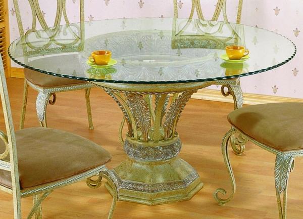 table-basse-en-fer-forgé-ornementé-de-motifs-végetaux