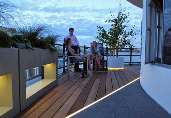 terrasse-sur-toit-jolie-de-design-simple