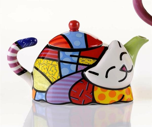 une-théière-originelle-céramique-chat