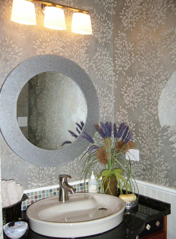 unique-salle-de-baindesign-rond-miroir-métalique-lavabo-lampe-papier-peinte