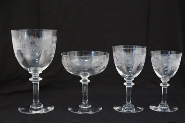 Un verre cristal baccarat l 39 art exquis de la table - Verre de cristal prix ...