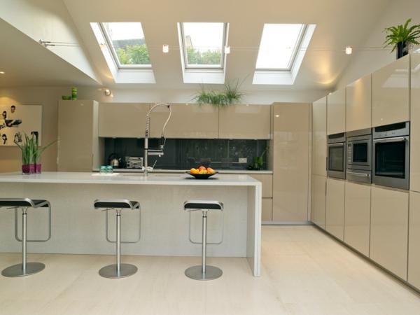 une verri re de toit apportera la lumi re votre maison. Black Bedroom Furniture Sets. Home Design Ideas