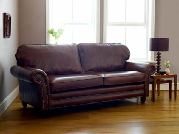 canapé-de-cuir-vintage-à-deux-places