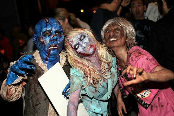 Halloween-costumes-for-teens-ideas-make-up-ideas-scary-halloween-masks-resized