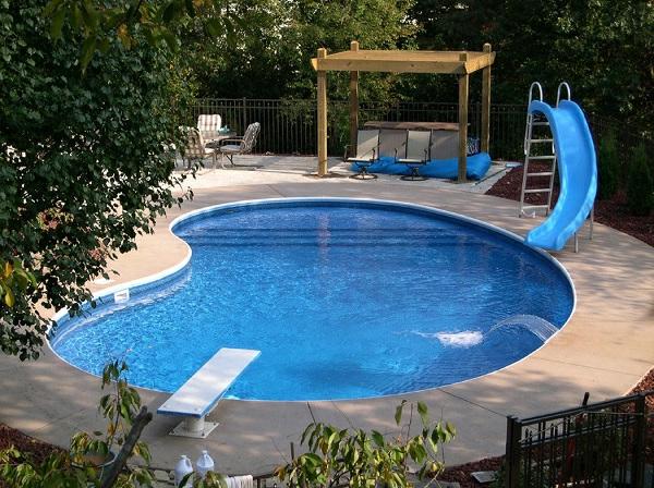 Kidney-shaped-inground-swimming-pool-designs-water-slide-springboard-resized