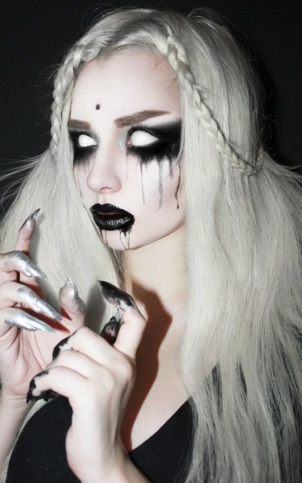 Scary-Halloween-costume-girls-women-e1410943966416-resized