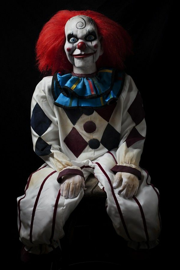 Scary-Halloween-costumes-ides-clown-resized