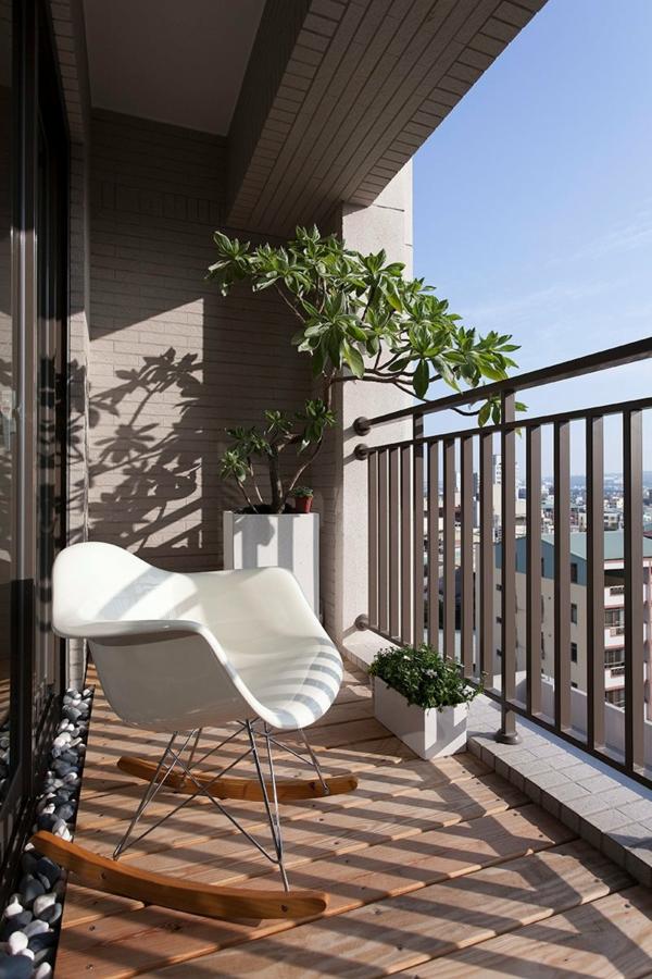 aménager-son-balcon-en-style-méditérannéen