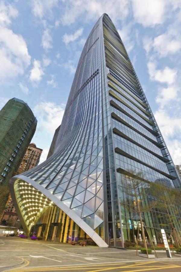 architecture-futuriste-un-bâtiment-futuriste