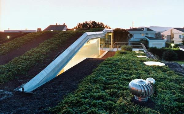 architecture-futuriste-avec-un-jardin-sur-le-toit