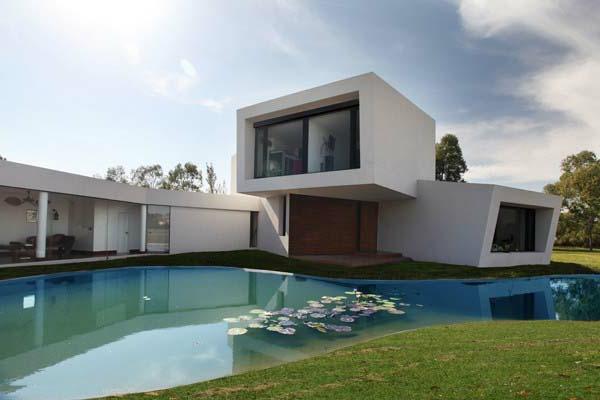 architecture-minimaliste-blanche
