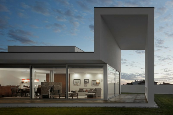 architecture-minimaliste-exemple-lignes-sobres-et-epurees