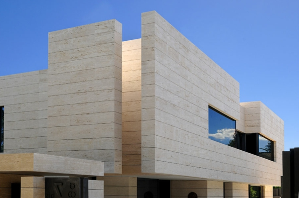 architecture-minimaliste-innovative-a-las-rozas-design-par-a-cero-architects