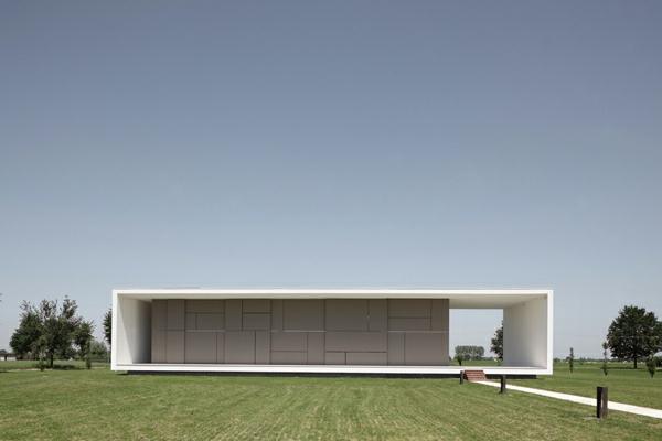 L 39 architecture minimaliste le fonctionnalisme for Construire maison minimaliste