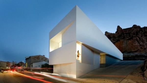 architecture-minimaliste-maison-realisee-par-Frank-Silvestre