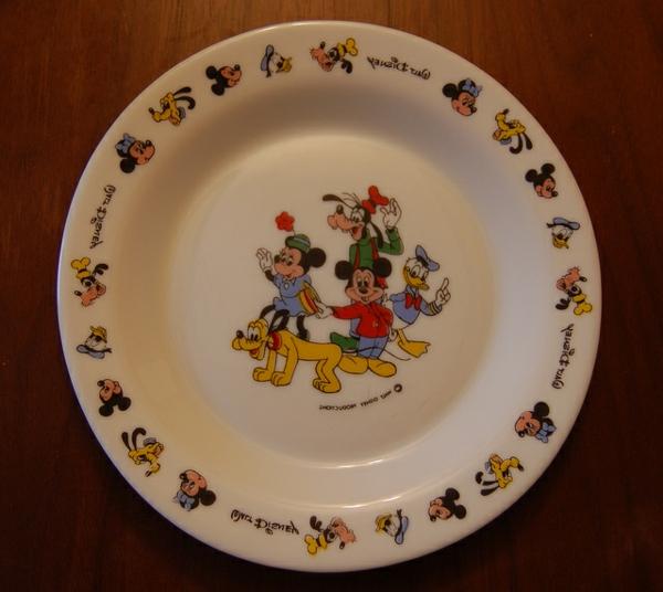 assiette-arcopal-disney