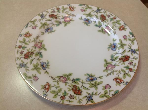 assiette-arcopal-fleurs-multicolores