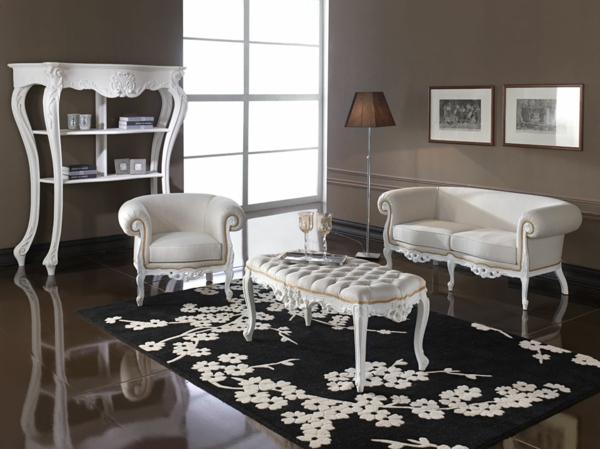 banquette-baroque-blanche-dans-un-intérieur-thématique