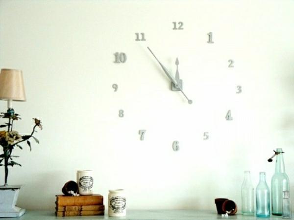 blac-montre-murale