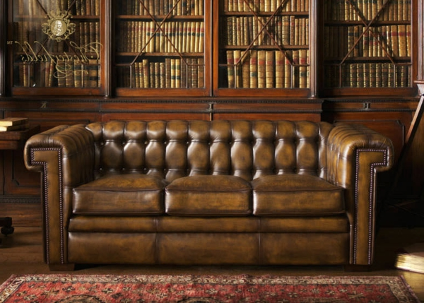 canapé-chesterfield-marron