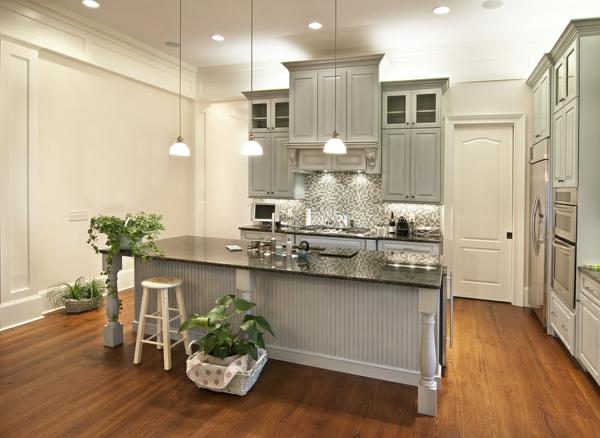 carrelage-mural-de-cuisine-en-gris-et-blanc