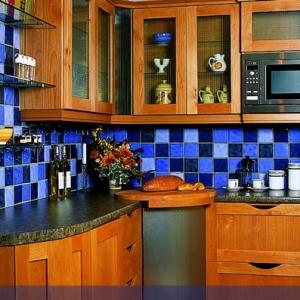 Choisir un carrelage mural de cuisine pour une ambiance fraîche et accueillante